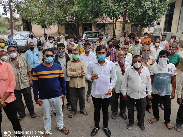 ભંડુરીની સેવા સહકારી મંડળીએ 92 લાખ રૂપિયાનાં કર્યા ગોટાળા|માળિયા હાટીના,Maliya Hatina - Divya Bhaskar