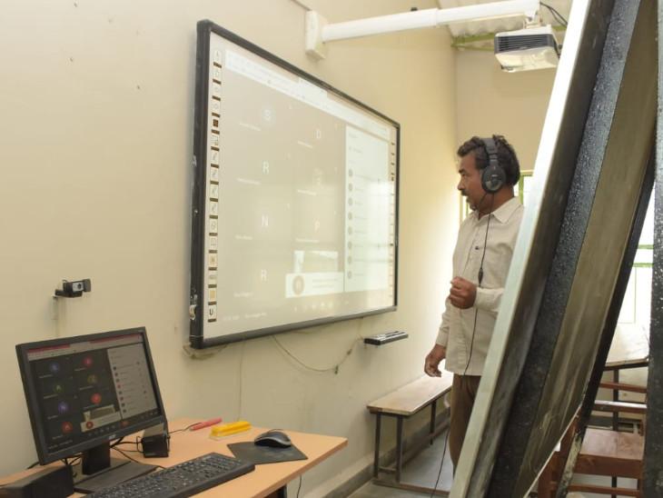 અદ્યતન લેબમાં કોમ્પ્યુટરનું પ્રશિક્ષણ સાથે ઉમદા શિક્ષણ આપે છે