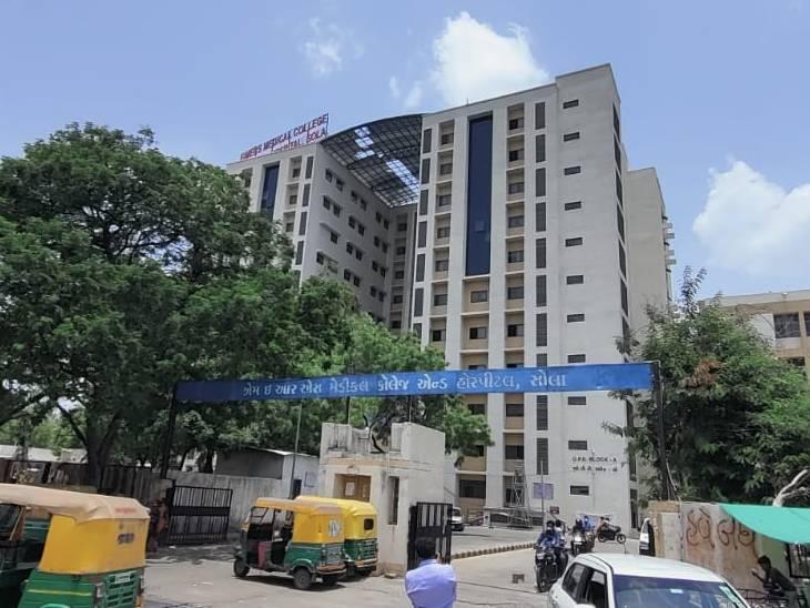 અમદાવાદમાં કોરોનાની ત્રીજી વેવ માટે સોલા સિવિલમાં બાળકો માટે 100 બેડ માટેની તૈયારીઓ શરૂ કરી દેવાઈ|અમદાવાદ,Ahmedabad - Divya Bhaskar