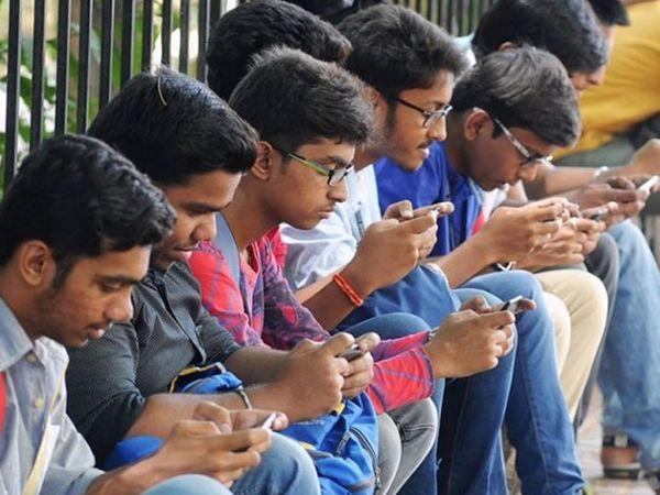 4G ડાઉનલોડ સ્પીડમાં જિયો અને અપલોડમાં Vi ઈન્ડિયાએ બાજી મારી, એરટેલનું પર્ફોમન્સ નબળું|ગેજેટ,Gadgets - Divya Bhaskar