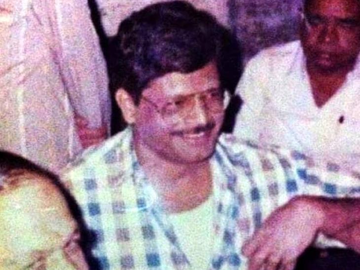 લતીફની 1995માં દિલ્હીથી ધરપકડ કરવામાં આવી હતી.