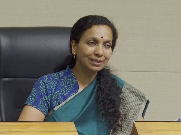 પૂર્વ આરોગ્ય અગ્રસચિવ જ્યંતી રવિ ( ફાઈલ ફોટો) - Divya Bhaskar