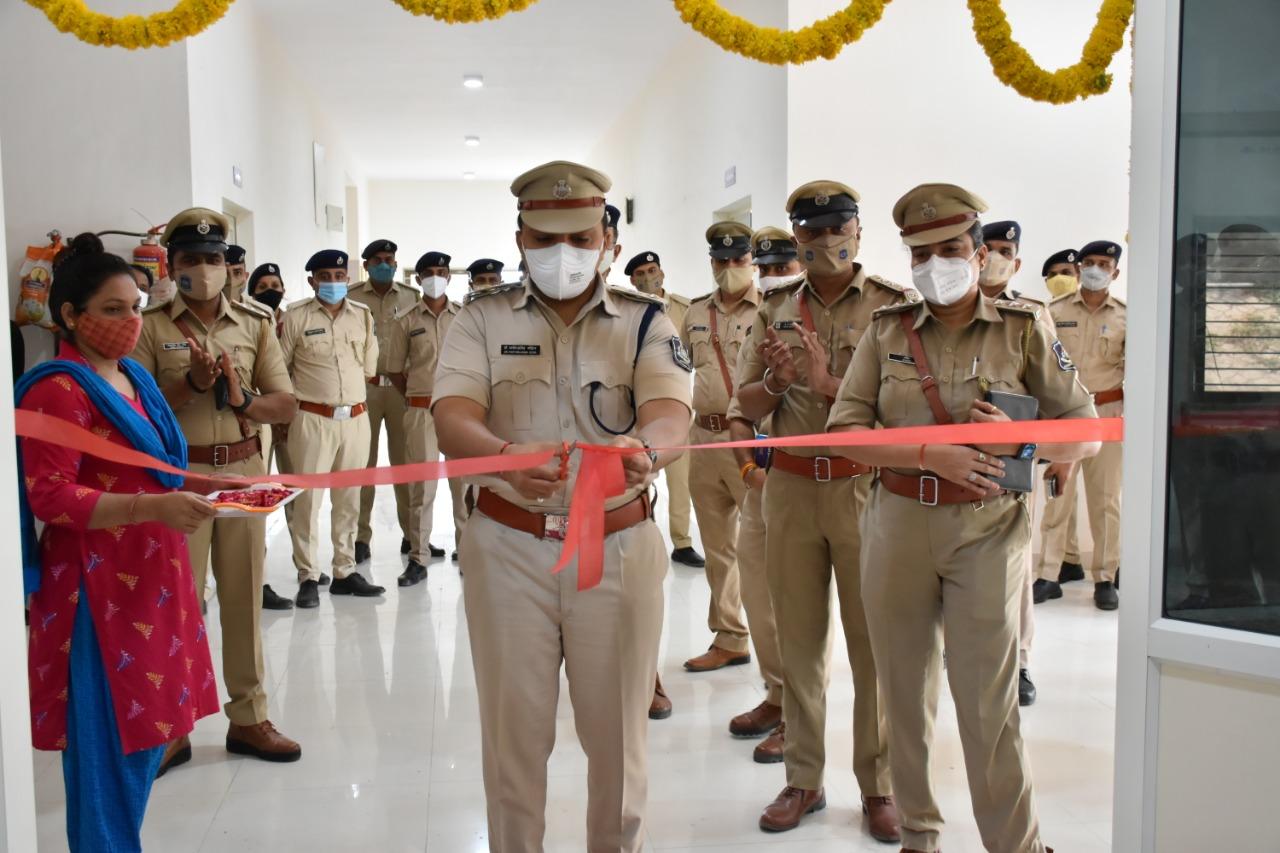મહેસાણા જિલ્લામાં સાયબર ક્રાઇમ પોલીસ સ્ટેશનનું ઇ-લોકાર્પણ થયું મહેસાણા,Mehsana - Divya Bhaskar