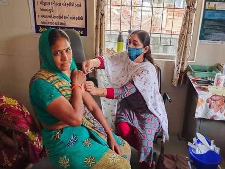રસીકરણને વેગ આપવા સેન્ટર્સ વધારવા જરૂરી. - Divya Bhaskar