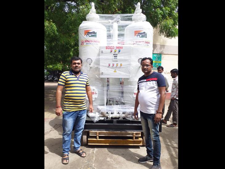 જસદણની સિવિલમાં ઓક્સિજન પ્લાન્ટ માટેની મશીનરીનું આગમન|જસદણ,Jasdan - Divya Bhaskar