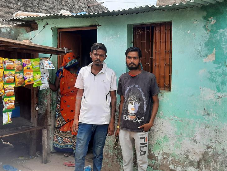 ડીસા પોલીસ લાઇનની પાછળ નવાવાસમાં આવેલ વૃધ્ધાના દિકરાનું મકાન - Divya Bhaskar
