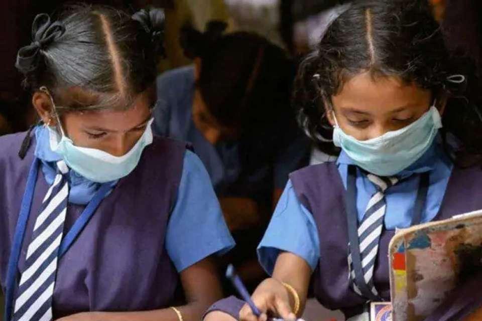 રાજ્યમાં RTE હેઠળ શાળાઓમાં બાળકોના પ્રવેશની પ્રક્રિયા 21 જૂનથી શરૂ થશે, 25 જૂનથી 5 જુલાઈ સુધી ફોર્મ ભરી શકાશે અમદાવાદ,Ahmedabad - Divya Bhaskar