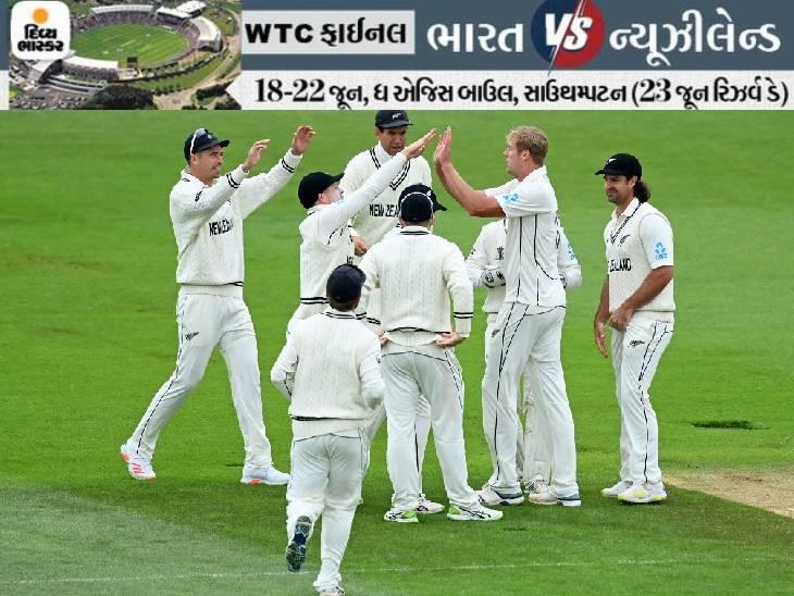 પહેલા સેશનમાં કીવી બોલર્સે ભારતીય ટીમની બેક ટુ બેક વિકેટ ઝડપી હતી.
