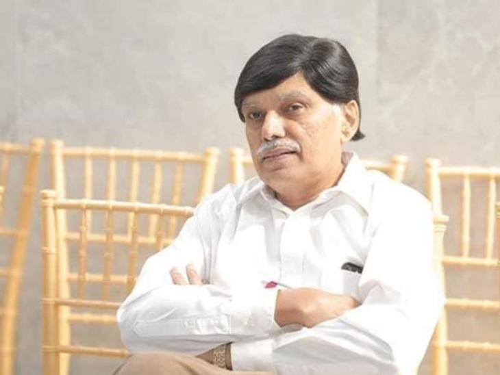 તબીબ પિતાને કોરોના થયો છતાં પુત્રએ પહેલાં કોવિડ ડ્યુટી નિભાવી બાદ મુંબઈ મળવા ગયા|સુરત,Surat - Divya Bhaskar