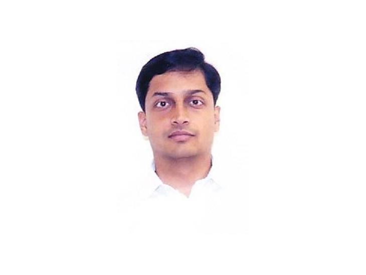 સુરતના નવા કલેક્ટર તરીકે આયુષ ઓકની નિમણુંક કરવામાં આવી|સુરત,Surat - Divya Bhaskar