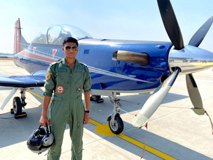 ઝાલાવાડનો યુવાન એરફોર્સનું ફાઇટર વિમાન ઊડાડશે, ચંડીગઢમાં વિમાન ઊડતાં જોઇ પ્રેરણા મળી સુરેન્દ્રનગર,Surendranagar - Divya Bhaskar