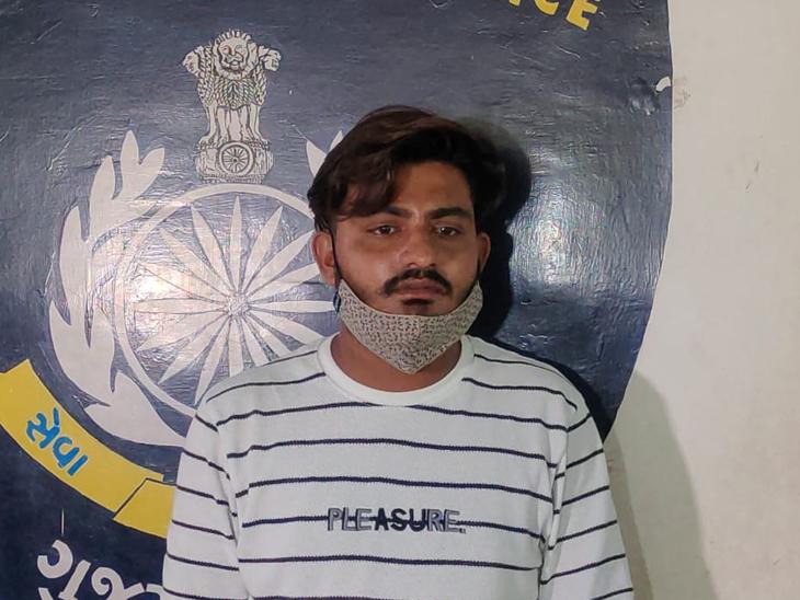 50થી વધુ કાજી-મૌલવીને પોલીસની ચીમકી, લવજેહાદમાં મદદ કરશો તો ગુનો નોંધાશે|વડોદરા,Vadodara - Divya Bhaskar