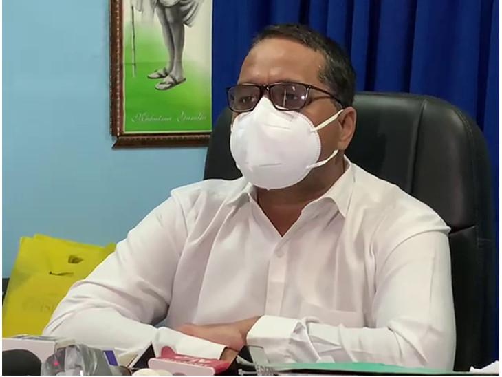 રાજકોટમાં કોરોના અંગે સિવિલ સુપ્રિટેન્ડેન્ટનું નિવેદન- 20 બેડ વધારી ICU બેડ 250 કરાશે, ડેલ્ટા પ્લસ વેરિયન્ટને લઈને તૈયારી કરાઈ|રાજકોટ,Rajkot - Divya Bhaskar