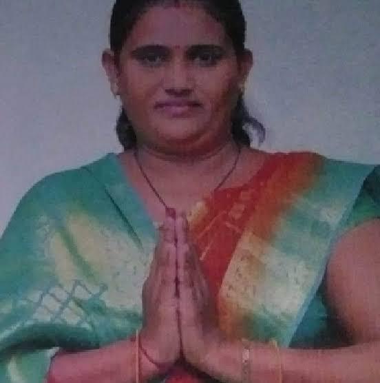 પૂર્વ ચેરમેન આશાબેન ઠાકોરની ધરપકડ કરાયા બાદ કોર્ટમાં રજૂ કરાતા 6 દિવસના રિમાન્ડ મંજૂર મહેસાણા,Mehsana - Divya Bhaskar