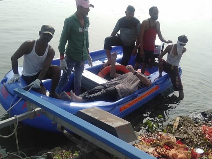 કમરની બીમારીથી કંટાળી યુવકે મચ્છુ-3 ડેમ પાસે પુલ પરથી કૂદી આપઘાત કર્યો|મોરબી,Morbi - Divya Bhaskar