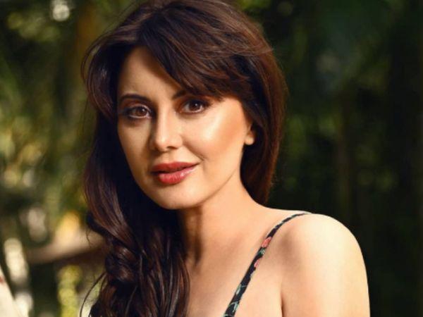 મિનિષા લાંબાએ જણાવ્યું- ઇન્ડસ્ટ્રીમાં ઘણી વખત 'કાસ્ટિંગ કાઉચ'નો સામનો કરવો પડ્યો, કહ્યું- વાતને સમજી નથી શકતી એવો ડોળ કરીને પરિસ્થિતિને હેન્ડલ કરતી હતી|બોલિવૂડ,Bollywood - Divya Bhaskar
