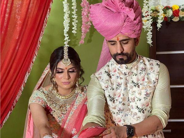 'કુંડળી ભાગ્ય' ફેમ ઈશા આનંદ શર્માએ પાયલોટ વાસદેવ સિંહ જસરોટીયાની સાથે લગ્ન કર્યા, કહ્યું- આ એક ક્રેઝી લવ સ્ટોરી છે|ટીવી,TV - Divya Bhaskar