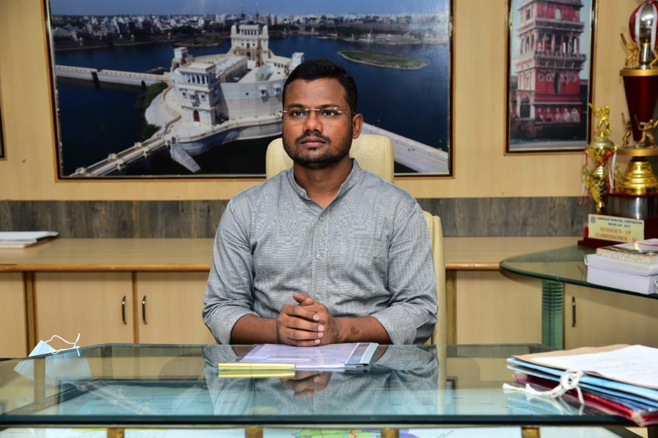 વિજય ખરાડી ,કમિશનર જામનગર મહાનગરપાલિકા