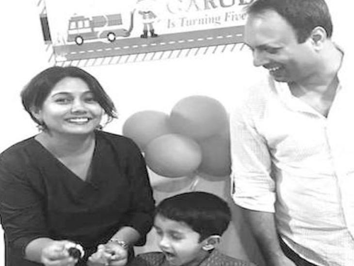 મૃતક પત્ની અને પુત્ર સાથે પતિની તસવીર - Divya Bhaskar