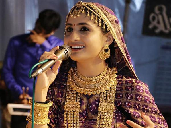 લોકગાયિકા ગીતા રબારીની ફાઇલ તસવીર. - Divya Bhaskar