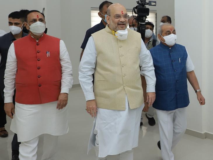 ગુજરાતની મુલાકાત દરમિયાન અમિત શાહ સાથે મુખ્યમંત્રી અને નાયબ મુખ્યમંત્રી