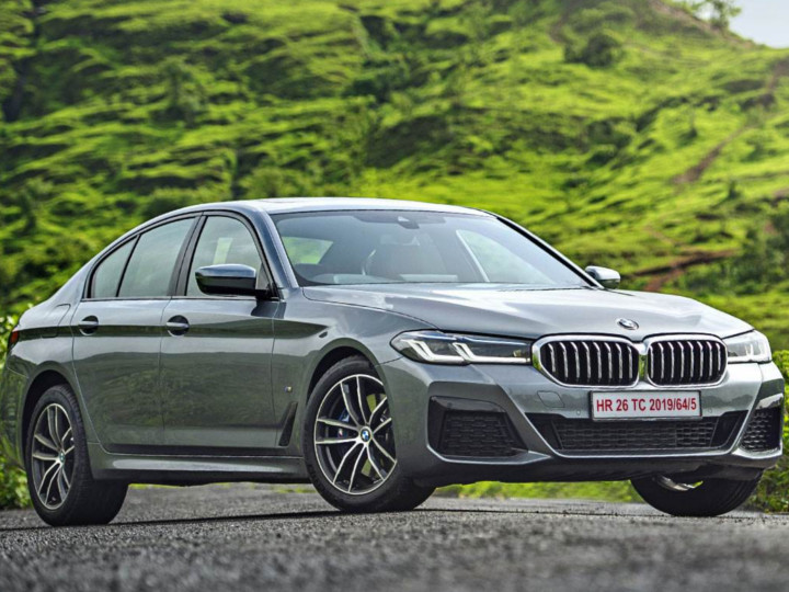 BMWએ નવા કલર્સ અને એડવાન્સ્ડ ફીચર્સ સાથે સાથે 2021 BMW 5 Series લોન્ચ કરી, કિંમત 62.90 લાખ રૂપિયા|ઓટોમોબાઈલ,Automobile - Divya Bhaskar