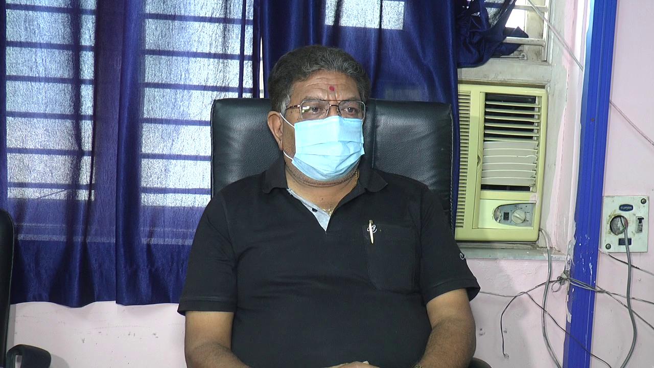 રાજકોટ જિલ્લાના 125થી વધુ તબીબો અચોક્ક્સ મુદતની હડતાળ પર ઉતર્યા, મેડીકલ સેવા અને રસીકરણની પ્રક્રિયા પ્રભાવિત થશે રાજકોટ,Rajkot - Divya Bhaskar