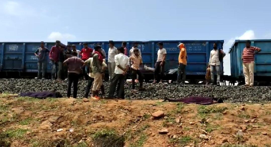 ધસમસતી ટ્રેન હેઠળ ઝંપલાવી પ્રેમી યુગલનો આપઘાત, હળવદના સુખપર નજીકની ઘટનાથી અરેરાટી - Divya Bhaskar