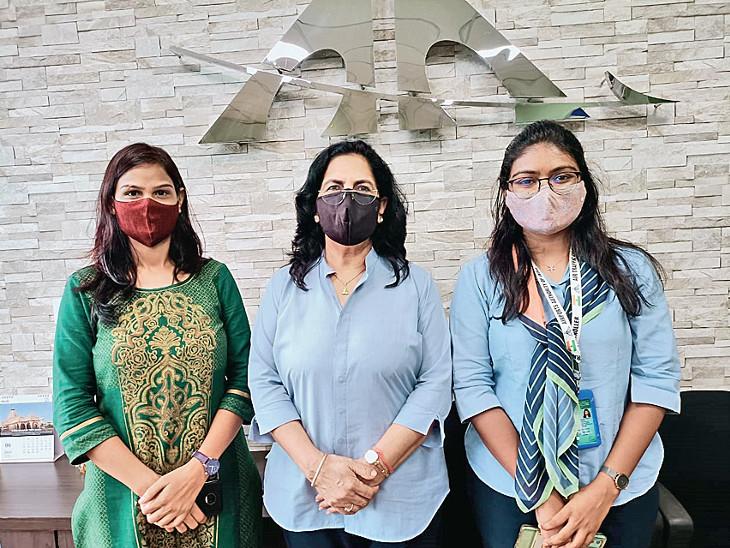 ત્રણેય મહિલા કર્મચારીઓની તસવીર - Divya Bhaskar