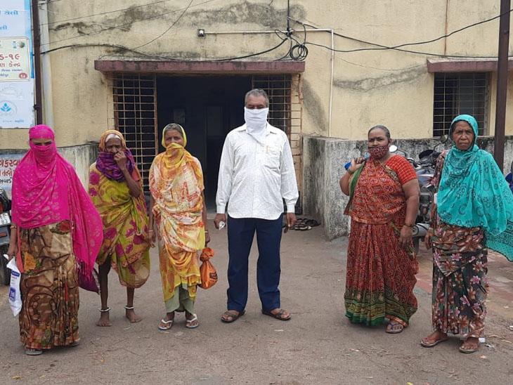 નસવાડી  CHC પર આવેલ દર્દીઓને સારવાર ન મળી. - Divya Bhaskar