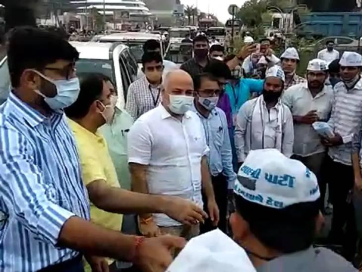 દિલ્હીના નાયબ મુખ્યમંત્રી મનિષ સિસોદિયા આજે સુરતની મુલાકાતે આવ્યાં છે
