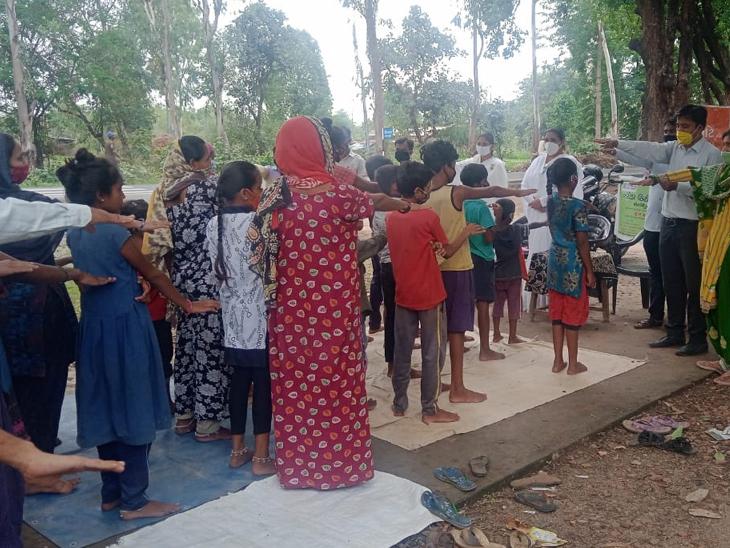 છોટાઉદેપુર જિલ્લામાં નશાકારક પદાર્થોનો દૂર ઉપયોગ અને ગેરકાયદેસર વ્યાપાર વિરોધી આંતરરાષ્ટ્રીય દિવસની ઉજવણી કરાઈ હતી. - Divya Bhaskar