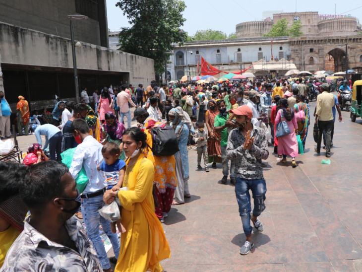 455 દિવસમાં 6.55 લાખ લોકોએ માસ્કનો રૂ. 52.54 કરોડ દંડ ભર્યો; કર્ફ્યૂ ભંગ બદલ 88,296 વાહન ડિટેન કરી 33 કરોડ દંડ વસૂલાયો|અમદાવાદ,Ahmedabad - Divya Bhaskar