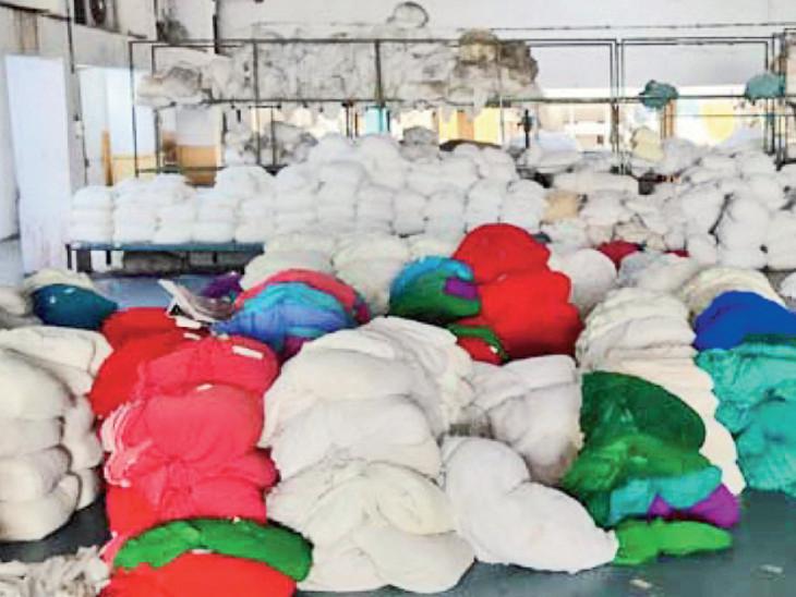 સુરતમાં લૉકડાઉનમાં એક કરોડ મીટર પ્રતિ દિવસની ઝડપથી કાપડ ઉત્પાદન, ભિવંડીમાં માત્ર 80 લાખ મીટરનું ઉત્પાદન - Divya Bhaskar