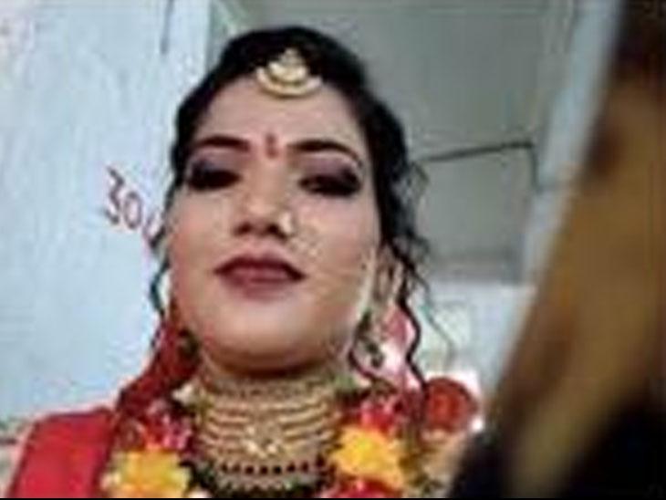 વિદ્યાર્થિની પરીક્ષા આપી લગ્નમંડપમાં પહોંચી, કોસંબાની વિદ્યાર્થિની પાયલ ટંડેલે પહેલા પરીક્ષા આપી બાદ લગ્નમંડપમાં પહોંચી હતી - Divya Bhaskar