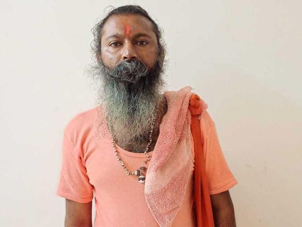 મૃતક મહંત સદારામ બાપુ. - Divya Bhaskar