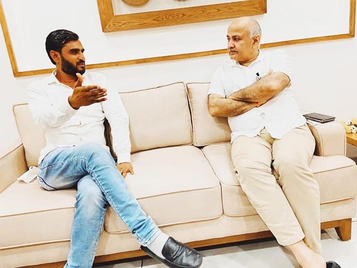 દિલ્હીના નાયબ મુખ્યમંત્રી સાથે પ્રવીણ રામ - Divya Bhaskar
