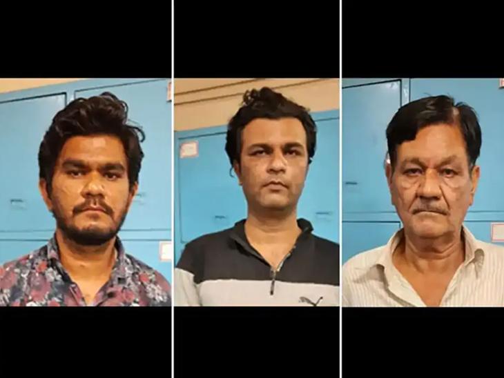 ડાબી બાજુથી મોહિબ પઠાણ ,મોહસિન પઠાણ(જેઠ), ઇમ્તીયાઝ પઠાણ(પિતા) - Divya Bhaskar