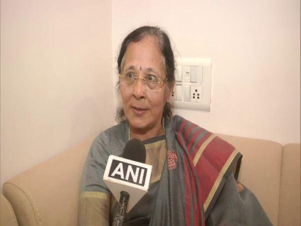 67 વર્ષની ઉંમરે ઉષાબેને PhD પૂરું કર્યું, 5 વર્ષ સુધી રોજ 6થી 7 કલાક ભણીને સફળતા મેળવી|લાઇફસ્ટાઇલ,Lifestyle - Divya Bhaskar