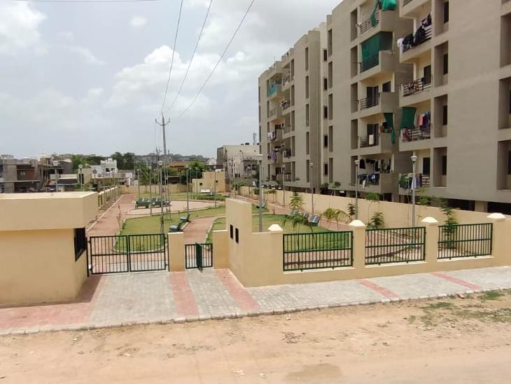 સાણંદમાં ગાર્ડન તૈયાર થતાં શહેરીજનો સહિત બાળકોને રમવા માટેનું નવુ સ્થાન મળશે. - Divya Bhaskar