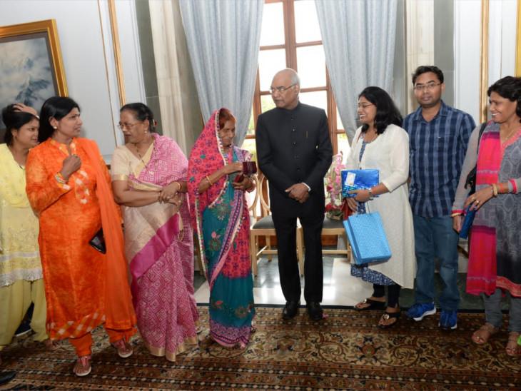 પરિવાર સાથે રાષ્ટ્રપતિ રામનાથ કોવિંદ.