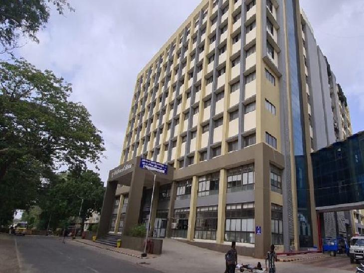 જામનગરની સરકારી કોવિડ હોસ્પિટલ - Divya Bhaskar