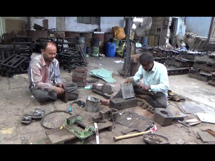 સાવરકુંડલામાં લોકડાઉન બાદ 400 થી વધુ કાંટા બનાવવાના કારખાના મંદીના ખપ્પરમાં. - Divya Bhaskar