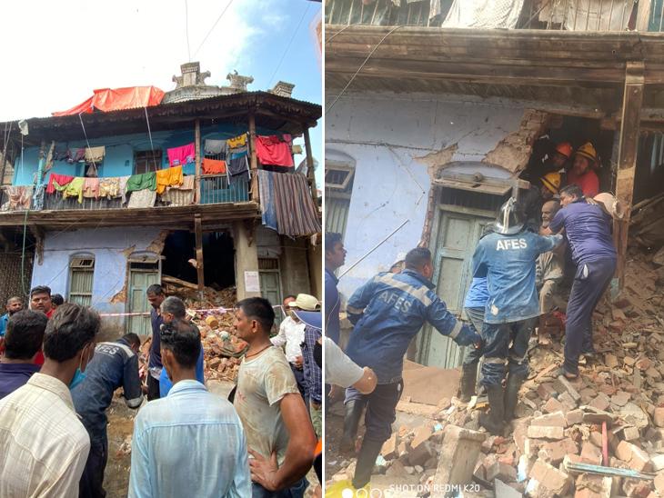 અમદાવાદના દરિયાપુરમાં મકાન ધરાશાયી, ફાયરબ્રિગેડની ટીમે રેસ્ક્યૂ કરી દટાયેલા ત્રણ લોકોને બહાર કાઢ્યા|અમદાવાદ,Ahmedabad - Divya Bhaskar