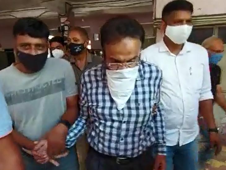 ગુજરાત ATSની ટીમ આરોપીને લઇને વડોદરા પહોંચી, સલાઉદ્દીન શેખના ઘર-ઓફિસમાં સર્ચ કરીને આઇપેડ કબજે કર્યું|વડોદરા,Vadodara - Divya Bhaskar