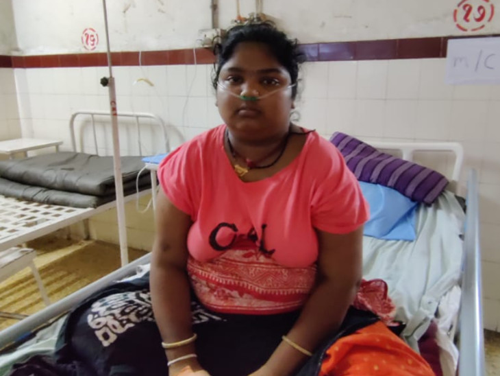 હવે સતત 57 દિવસથી ચાલી રહેલી તેમની મેરેથોન સારવાર રંગ લાવી છે. હાલ યુવતી કોરોનામુક્ત થઇ છે - Divya Bhaskar