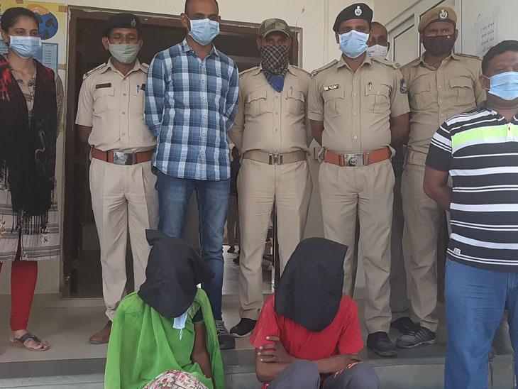 પોલીસે બંને આરોપીની ધરપકડ કરી હતી. તસવીર જયદીપ પાઠક - Divya Bhaskar