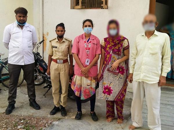 માતા-પિતાએ છૂટાછેડા કરાવ્યા, પછી દીકરીને મહેણાંટોણાં માર્યા|રાજકોટ,Rajkot - Divya Bhaskar
