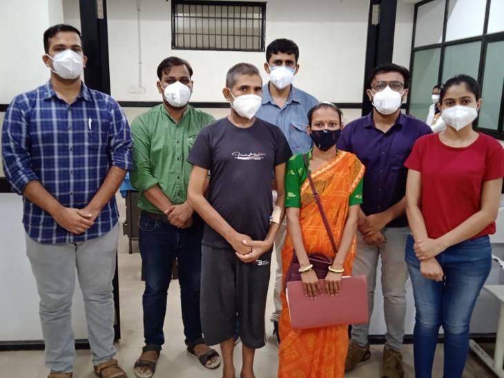 તબીબો દ્વારા નવી પહેલ કરીને દર્દીઓને લાભકારક સર્જરી કરવામાં આવી રહી છે. - Divya Bhaskar