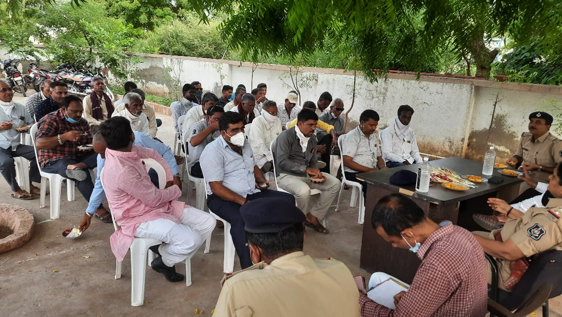 ધ્રાગધ્રાના તમામ ગામોને સીસીટીવીથી સજ્જ કરવામાં આવશે, ધારાસભ્ય અને સરપંચોની બેઠક મળી - Divya Bhaskar